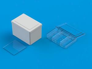 Plastkasse med låg fra Ultraplast A/S